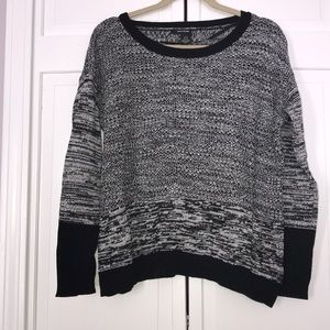 B&W knitted DKNY Jeans Sweater